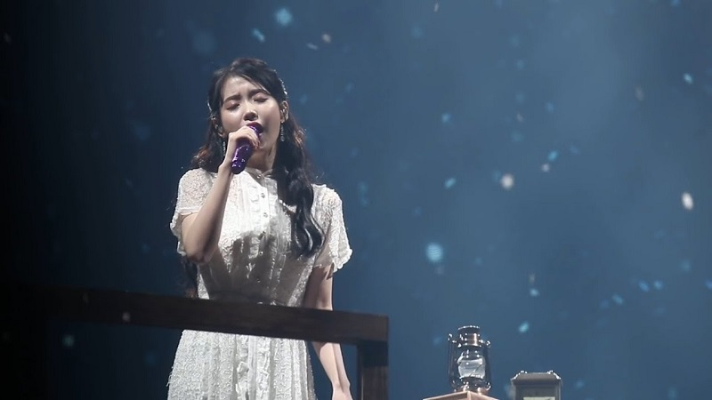 Meaning of you của IU trong concert 2018